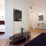 To sleep in Barcelona near the Plaza Espana and the Fira. All confort apartment.