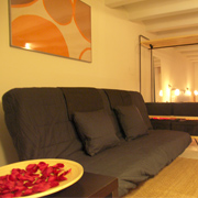 cheap studio apartments barcelona
