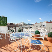 Barcelona. 2 bed apartment with terrace. Reasonable rental price. Near Passeig de Gracia