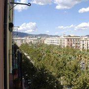 apartments in barcelona for large groups
