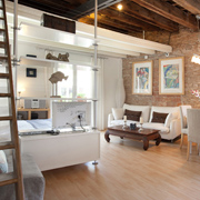 Barcelona Studio by Plaza Catalunya. Quiet barcelona studio in the city centre
