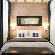 Apartments rental in Barcelona. Cosy apartment located near Passeig de Gracia.