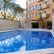 apartment with swimming pool barcelona