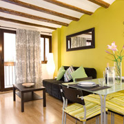 Apartments for rental in the Gothic area of Barcelona. Near the Ramblas