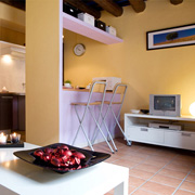 Rent an apartment in historical center of Barcelona. cosy accomodation near the beach and Ramblas