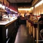 barcelona-bar-by-night