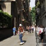 raval-barcelona-tourists-skate