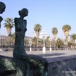 tourisme-port-vell-statue