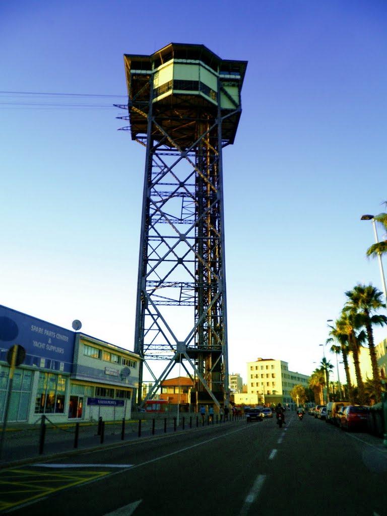 Torre de Alta Mar building