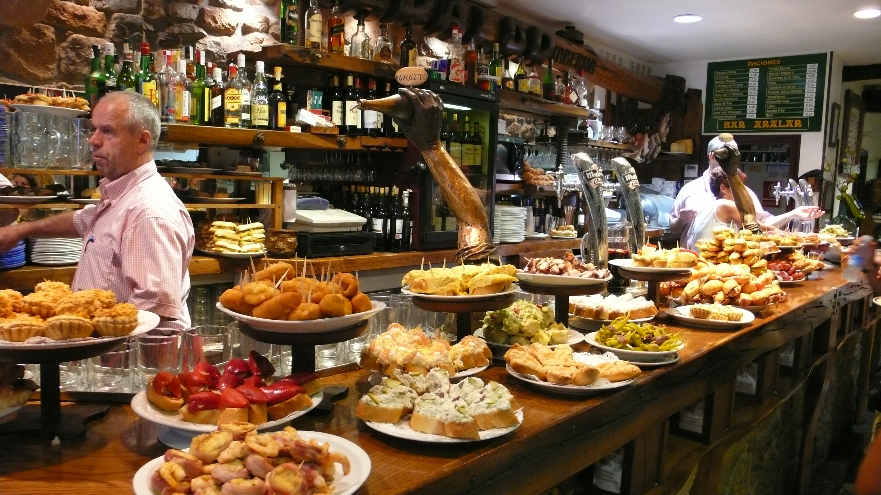 Barcelona lifestyle local tips by cocoon barcelona for Food bar in restaurant