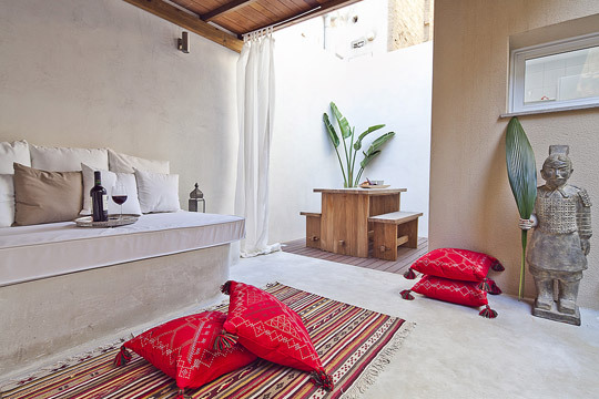 Exceptional Apartments Barcelona | Cocoon Holidays From 13u20ac Pppn !